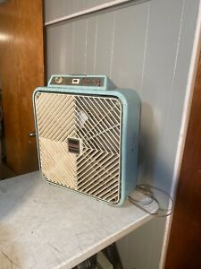 Vintage AirMaster Large Box Fan Thermostat, Reversible 3 Speed Made by Lakewood
