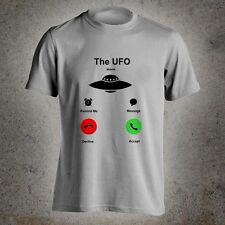 The UFO is Calling Me Mobile Funny Alien Theme I Want To Believe Men T-Shirt