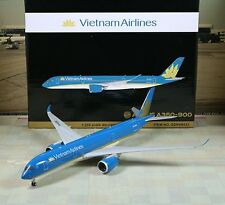 "Gemini Jets Vietnam ""New Color"" Airbus A350-900 1/200"