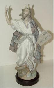 "1992 Lladro 5933 Moses and the Ten Commandments Wood Base 15"""