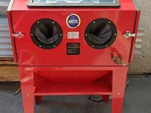 Matis SBC220 Workshop Sandblast Cabinet with Double doors. Grit Blast...