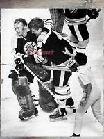 NHL 1970 Boston Bruins Bobby Orr & Gerry Cheevers Celebrating  8 X 10 Photo Pic