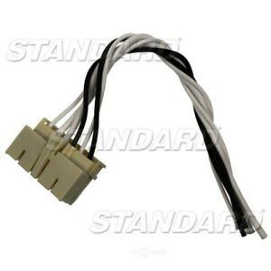 Headlamp Connector  Standard Motor Products  S726