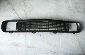 1969 CAMARO GRILLE RS RALLY SPORT REPRODUCTION CHEVROLET HIDDEN HEADLIGHT 1046S