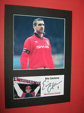 ERIC CANTONA MANCHESTER UNITED A4 MOUNT SIGNED PRE PRINTED BECKHAM GIGGS SCHOLES