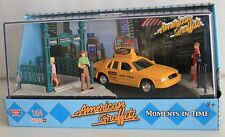 MotorMax American Graffiti, Ford Crown Victoria diorama with figures, 1:64 scale