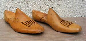 Antique - Pair of Wooden Cobblers Size 8 R1-7 Beech Shoe Lasts - circa 1920s