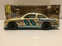 RACING CHAMPIONS NASCAR #00 Aquafresh 1:24 Die-Cast Buckshot Jones 1998 Orig Box