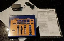Professional Roland Boss Vt-1 Voice Changer w/ original manual + original plug