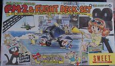 FM-2 US NAVY FIGHTER plus Flight Deck (nº 9) à l'échelle 1/144th par sweet.