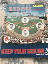 1975   BOSTON  RED  SOX  SCORE  BOOK  MAGAZINE   2nd Edition. Nice Condition