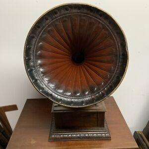 Horned Gramophone 1920's oak cased