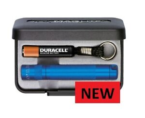 Maglite Solitaire BLUE   key ring size TORCH  NEW FREE UNITED KINGDOM SHIPPING..