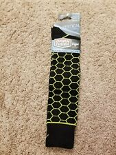 Men's M Darn Tough Vertical Ski Socks Over the Calf Light Merino Wool Black