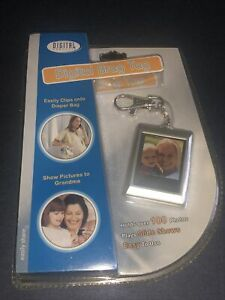 Digital Photo Album Keychain - Rechargeable 100 Photo Capacity Slide Shows NEW