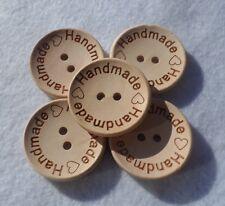 """5 Bottoni Tondi in Legno Naturale con Scritta """"Handmade"""" 30mm"""