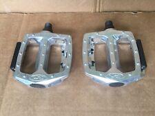 """Schwinn XS Pedals 9/16"""" BMX Silver Aluminum"""