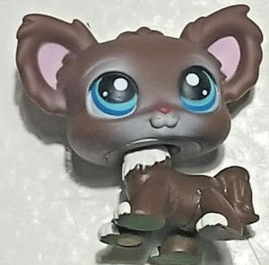 Littlest Pet Shop Figure #219 Brown Chihuahua Blue Eyes COMBINE SHIPPING