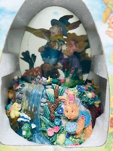 Spring Easter bunny rabbits egg water globe musical plays Peter Cottontail NIB