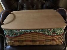 New ListingLongaberger 2002 Holiday Hostess Treasures Basket with lid, liner and protector