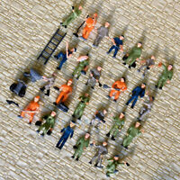 50 x HO scale Railway Workers / working Figures ( 25 poses) well Painted staff