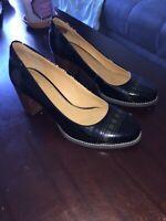 New Clarks Artisan Women's Black Patent Leather Block Heel Pumps Shoes size 9