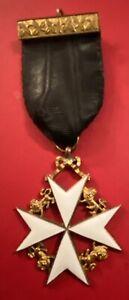 Masonic: Knights Of Malta Breast Jewel