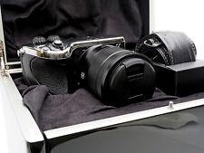 Hasselblad Lunar Digital Camera & Zeiss Obiettivo 16-70mm (20/200) CROMATO LUCIDO