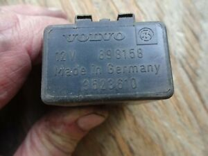 VOLVO 240 260 740 760 780 940 INTERMITTENT  FRONT WIPER RELAY  898158 6849780