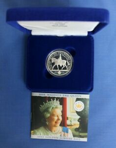 """2002 Silver Proof £5 Crown coin """"Golden Jubilee"""" in Case with COA"""