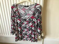 Marks And Spencer. Size 16 Top With 3/4 Sleeves