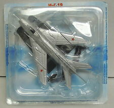 MiG-19, Finished Model Made of Metal, Legendary Aircraft, De Agostini, NEW
