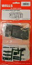 Wills SS12. Station Garage & Pumps Kit. NEW (00 Gauge)