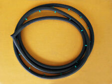 DATSUN 120Y 4DOOR WEATHERSTRIP SEAL RUBBER FRONT RIGHT (si044)