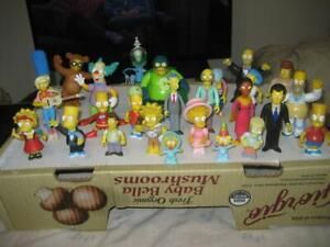 Lot of 26 Playmates Simpsons World of Springfield Intelli-Tronic Loose Figures