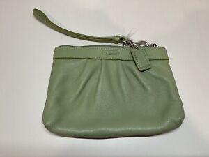 NWOT Vintage Coach Pleated Wristlet Seafoam Green Blue Leather Mini Purse Wallet
