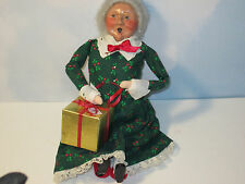 Byers Choice Retired 1992 Sitting Mrs. Claus Wrapping Present