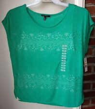 Chaus Sport Green Lace Overlay With White Tank Shirt Women's Small. Nwt