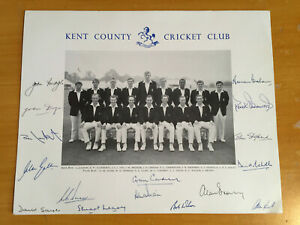 c1970 Signed by all 16 Kent CCC Team Photograph Cowdrey Knott Denness Dye Sayer