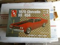 AMT 1970 Chevelle SS454 1/25 scale Kit # 31640