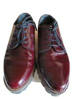 Clarks womens shoes size 5 38 oxblood red patent leather lace up thick sole