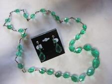 BEAUTIFUL VINTAGE GREEN FACETED CRYSTAL NECKLACE / EARRINGS SET