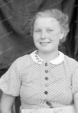 Negativ-Portrait-1920 /1930 er Jahre-Happy-Cute Girl-Frau-Mädel-mode-10
