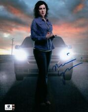 Melanie Lynskey Signed Autographed 8X10 Photo Two and a Half Men Drive GV787755