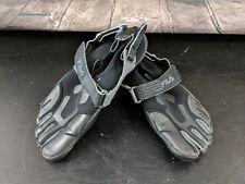 Fila Skeletoes Athletic Toe Shoes Men's Size 8M Black