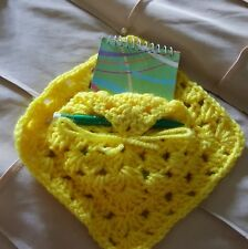 crocheted memo pad holder