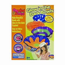 Makit & Bakit Glow In The Dark Bowls - Childrens Bowl Making Make it Bake it Kit