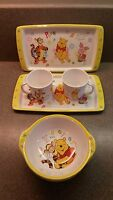 NEW OLD STOCK  8 PIECE SET WINNIE THE POOH MELAMINE 2 PLATES 4 BOWLS 2 CUPS
