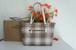 NWT COACH C0553 Gallery Tote In Signature Canvas W Hunting Fishing Plaid Print