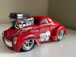 Custom 1941 Willys Coupe Pro Street SLAMMED Muscle Machines 1:18 Red